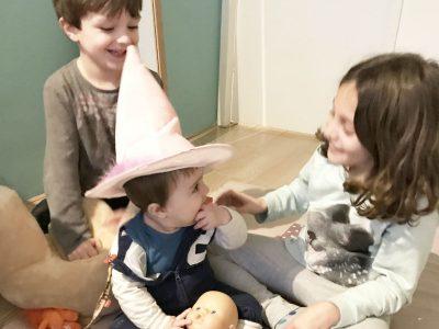 Tropenjaren com filhos pequenos