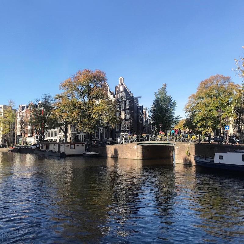 Vista da casa da Anne Frank, em Amsterdam