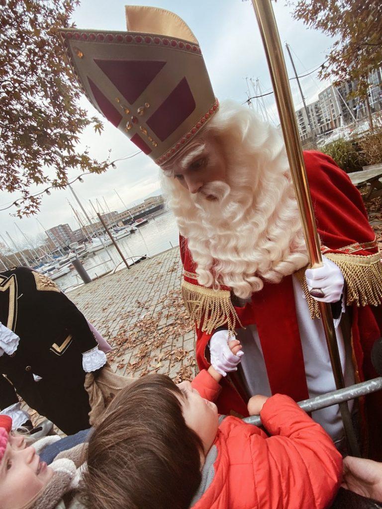 Encontro do Rafael com o Sinterklas, o bom velhinho holandês