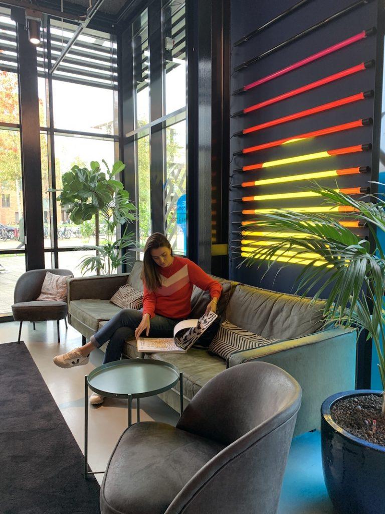 Hotel bom e barato em Amsterdam