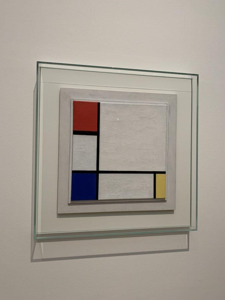 Mondriaan no museu de arte moderna