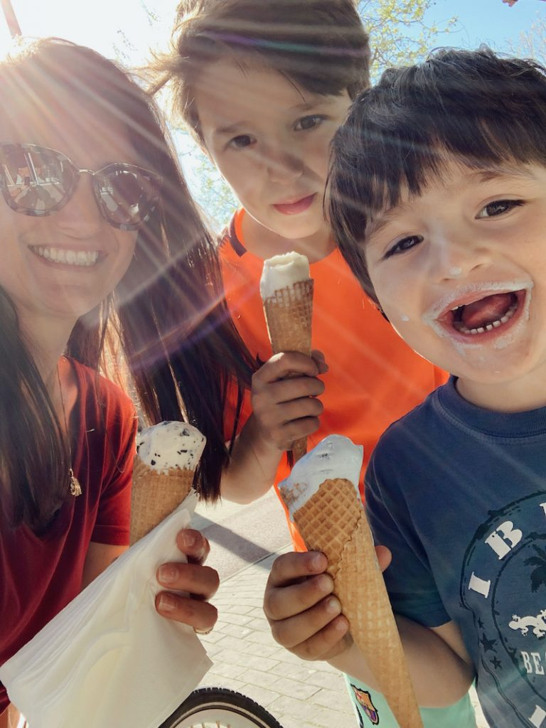 Sol e sorvete amenizam a quarentena