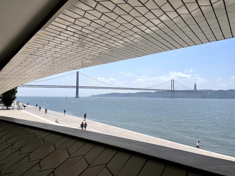 vista do MAAT, Lisboa